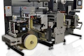 Maszyna do finishingu etykiet Grafotronic CF2