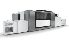 Canon liderem rynku druku atramentowego wśród producentów maszyn rolowych i arkuszowych w regionie EMEA